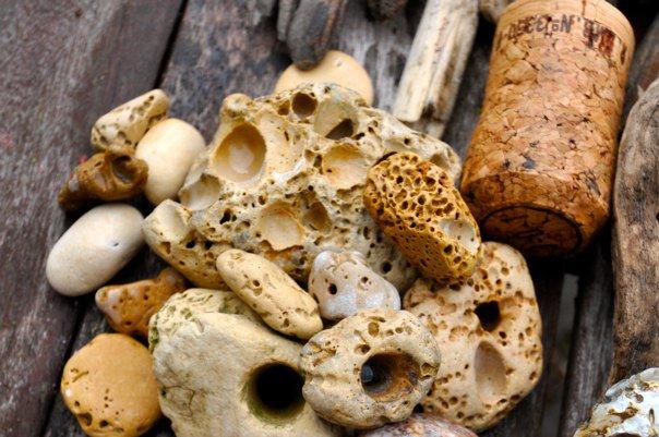 Stones cork